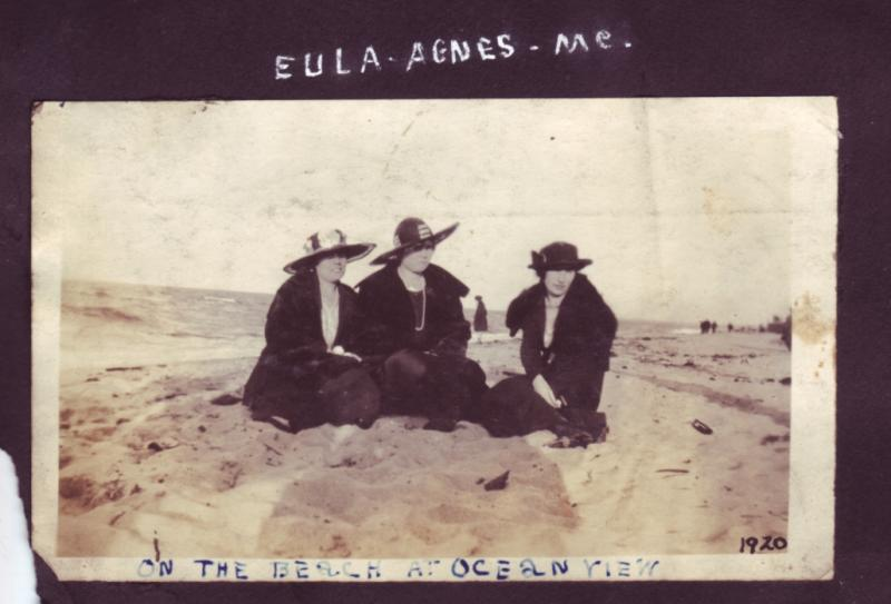 Friends with Mom on beach 1920